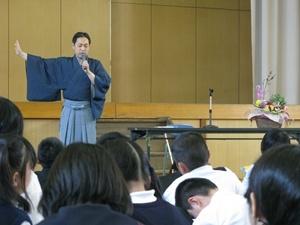 中村松江講演写真3 リサイズ.JPG