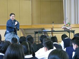 中村松江講演写真4 リサイズ.JPG